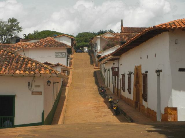 colonial-street-view